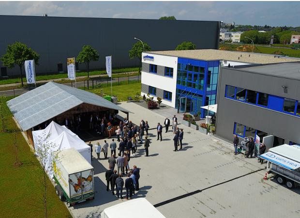 Eröffnungsfeier und 30-Jähriges Firmenjubiläum